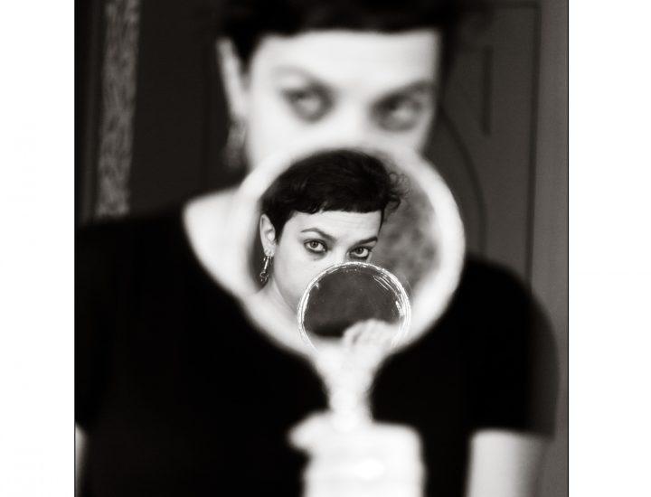 Alice nello specchio
